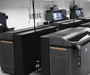 HP drives 3D with new products, partners